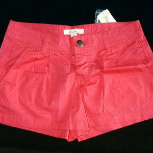 Forever 21 Coral Shorts Size 25 US Size 4 or 6 NWT